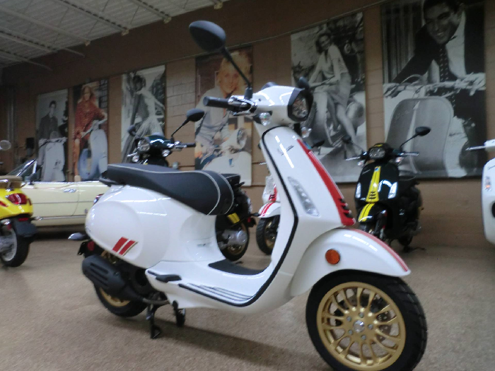 Check Out The Latest Smart Vespa Sprint Scooter